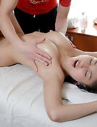 Professional Massage For The Real Beauty pics